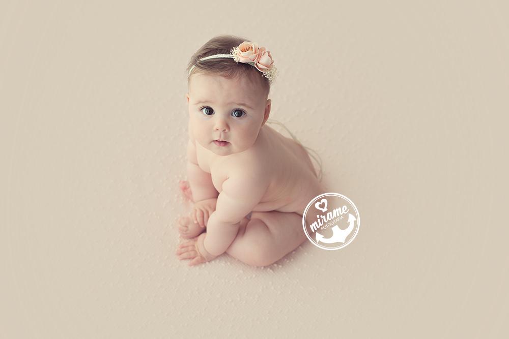 Fotografo de bebes en barcelona sesiones de estudio 2