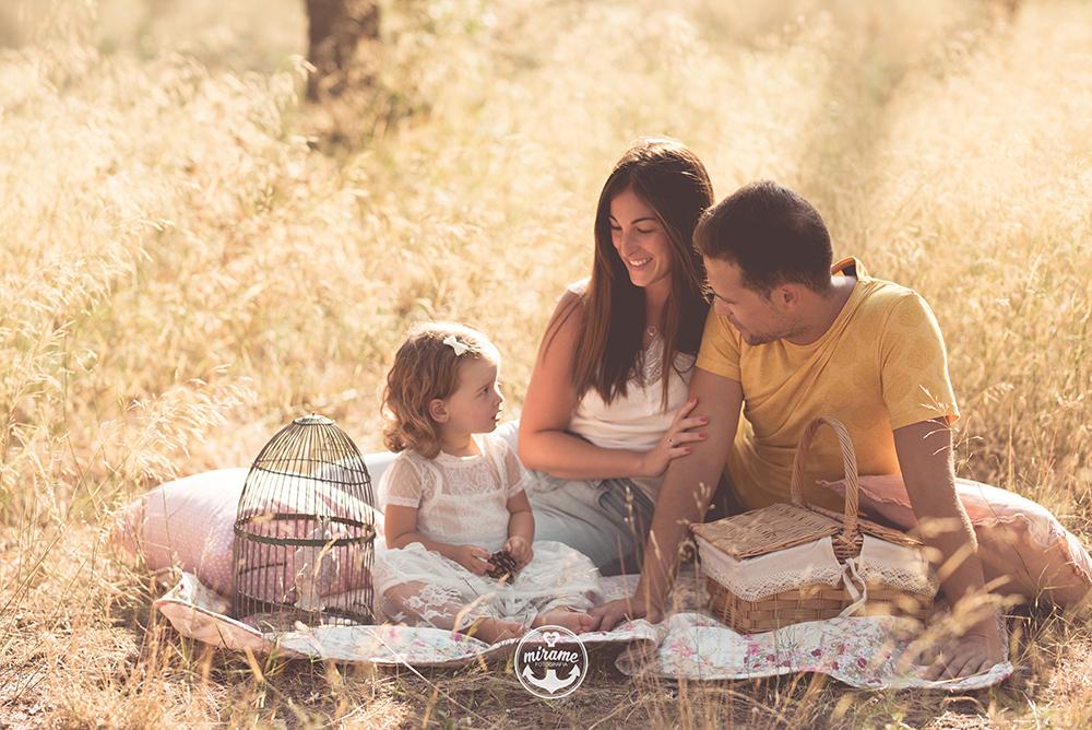 Fotografía de familia en Barcelona. Fotógrafo de familia.
